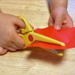 手先が不器用な幼児の訓練。お家で楽しく手先を器用にする練習